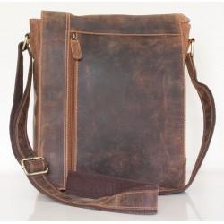 Velká pánská taška z pevné kůže s popruhem přes rameno bez značek a nápisů