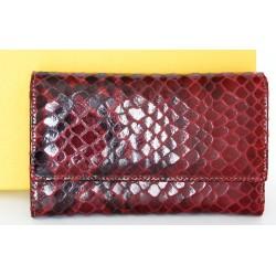 Luxusní červená peněženka z hovězí kůže s povrchovou úpravou jako hadí