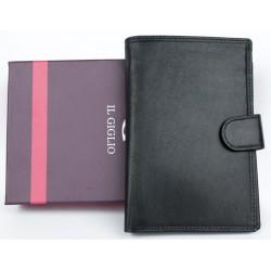 Velká černá peněženka z měkké kvalitní kůže s vyjímatelným pouzdrem na cestovní pas