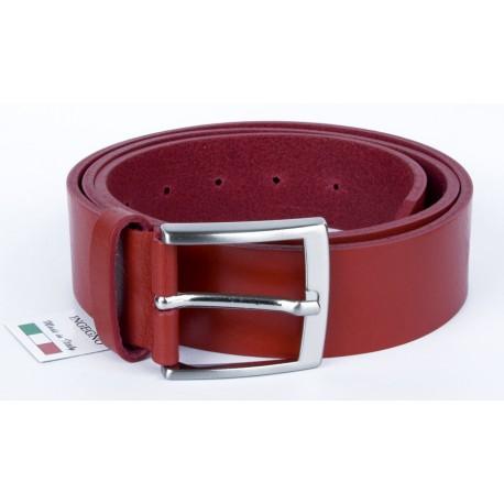 Červený italský kožený opasek. Šířka 38 mm, délka 125 cm